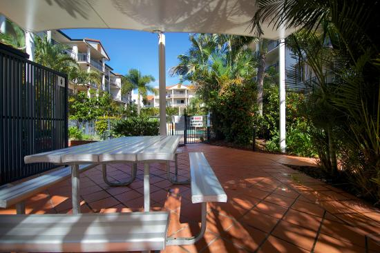 blue water apartments gold coast reviews