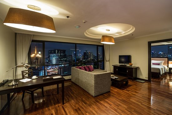 bandara suites silom bangkok reviews