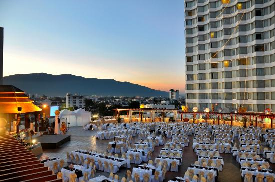 duangtawan hotel chiang mai reviews