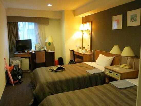 ark hotel osaka shinsaibashi review