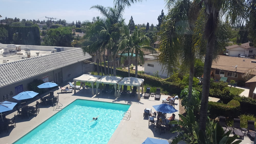 crowne plaza costa mesa reviews
