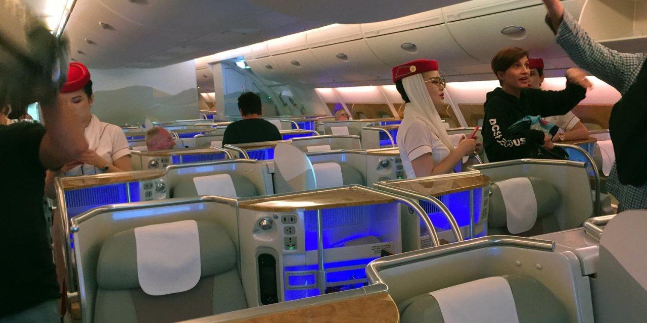 emirates business class sydney to bangkok review