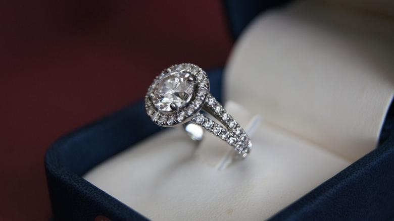 hearts on fire rings review